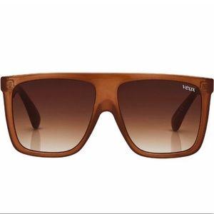 White Fox Boutique Veux Saint Denis sunglasses